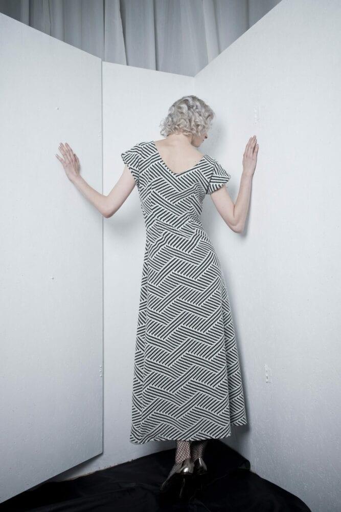 Dlouhé šaty geometrické