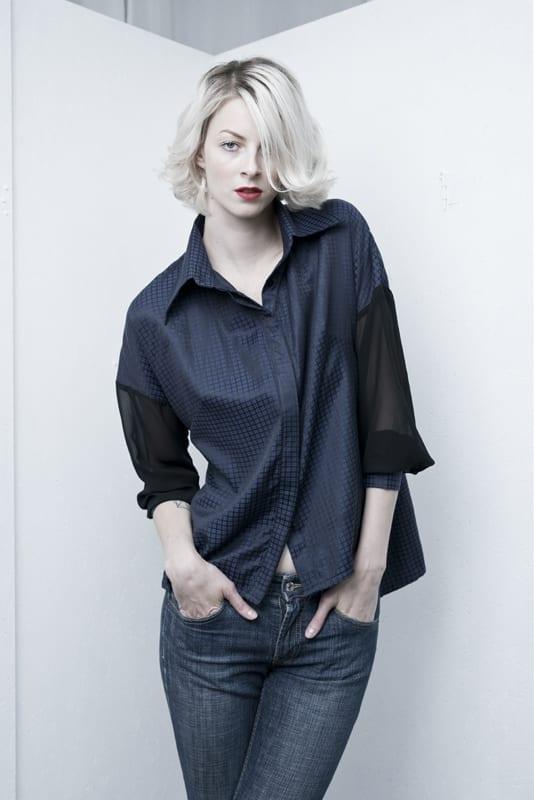 Košile volná s průsvitným rukávem tmavě modrá
