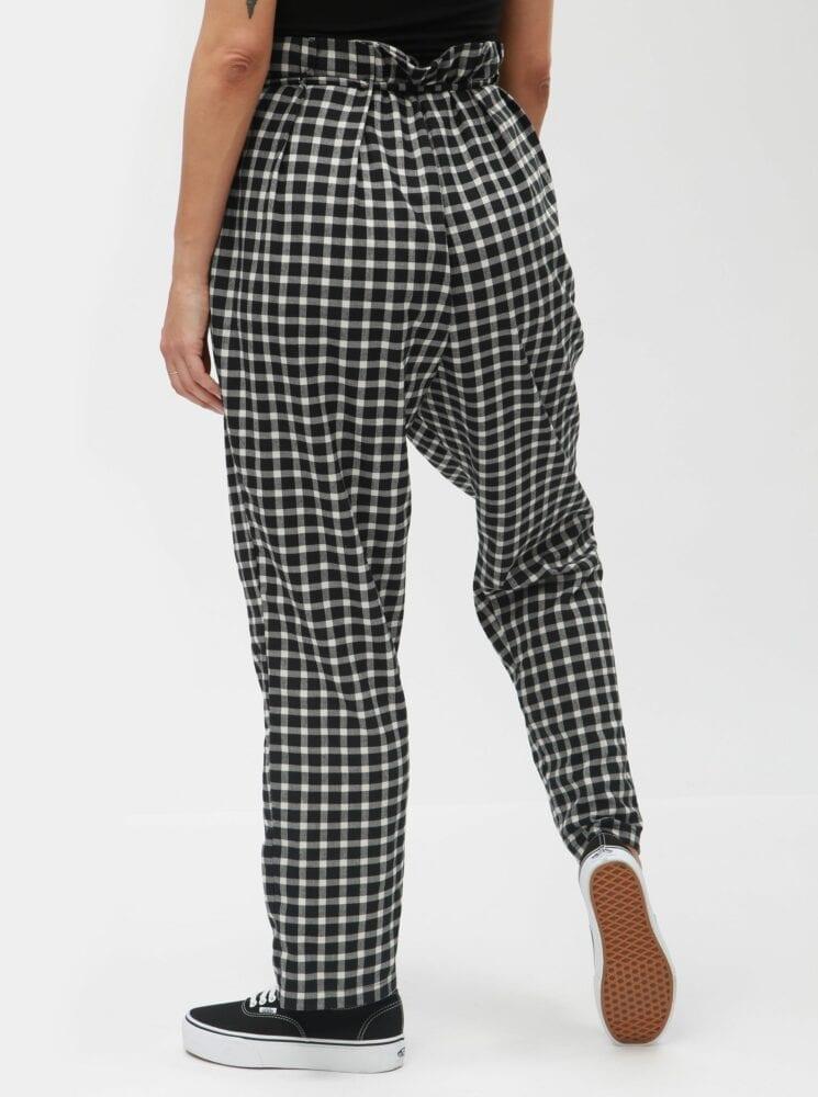 Kostkované kalhoty