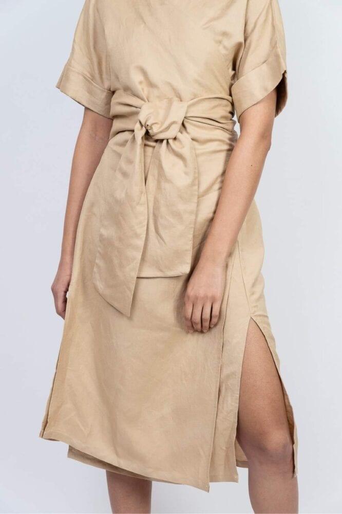 Kimono šaty Nude